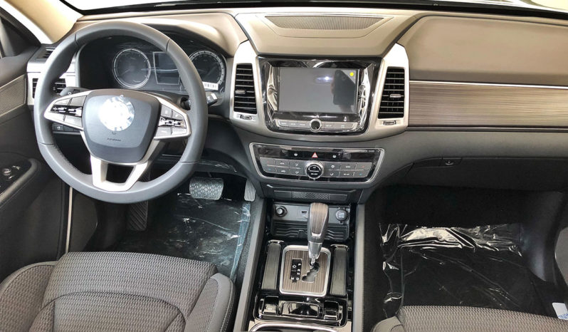 Nueva SsangYong Rexton G4 | 2.0 225 hp 2WD completo